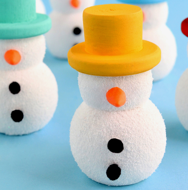 DIY Colorful Wooden Snowmen